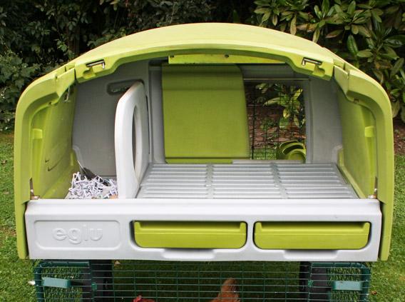 eglu cube h hnerstall fahrbar und winterfest f r bis zu 10 h hner h hnerzucht omlet. Black Bedroom Furniture Sets. Home Design Ideas