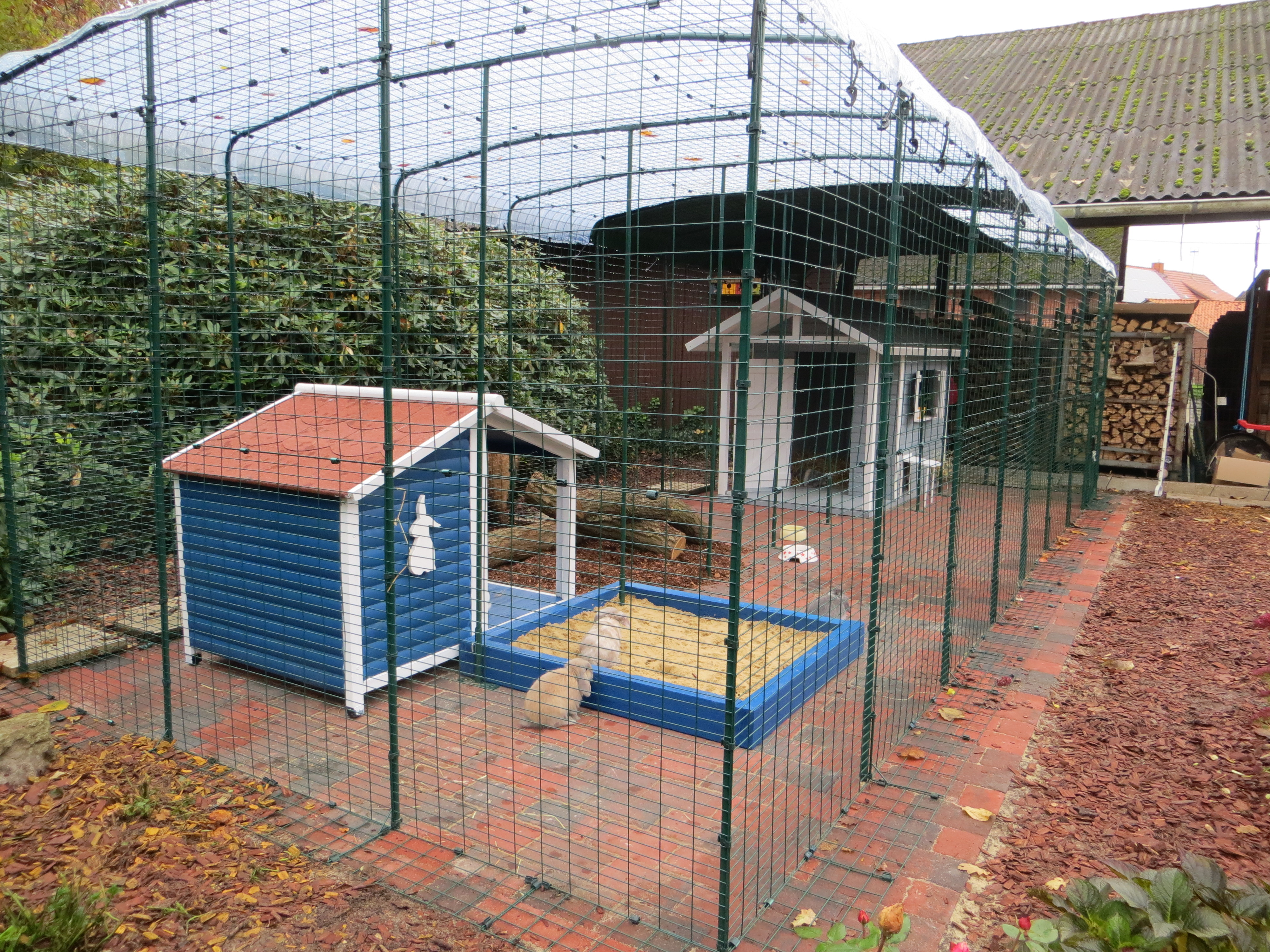 Big garden sheds outdoor kaninchengehege kaninchen omlet for Best deals on garden sheds